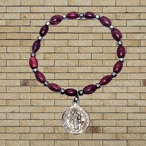 🔴 15/$25. Red & Silver Beaded Religious Bracelet
